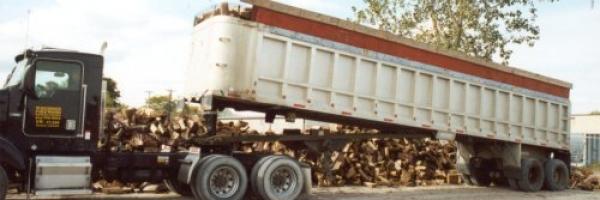unloading pic1 600x200 c
